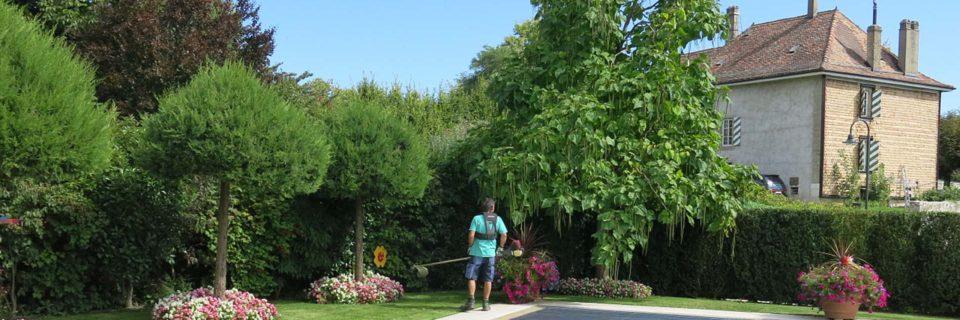 Votre jardin...aux petits soins!