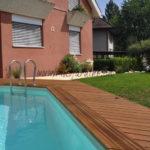 détail piscine et terrasse en lame bois exotique ipé fixation acier inoxydable