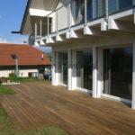 belle terrasse bois exotique maison moderne